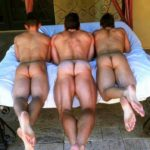 Tres Hombres pasivos buscando activo cañero