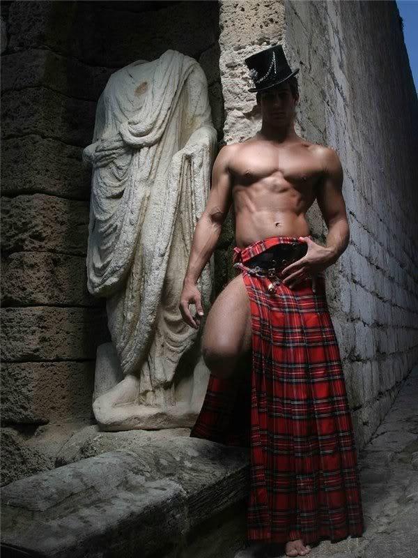 hombre-caliente-falda