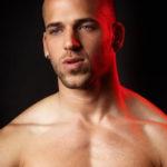 El guapo Nuno Branco de ojos azules desnudo por delante y por detrás