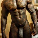 Negro musculoso con un pene super grueso