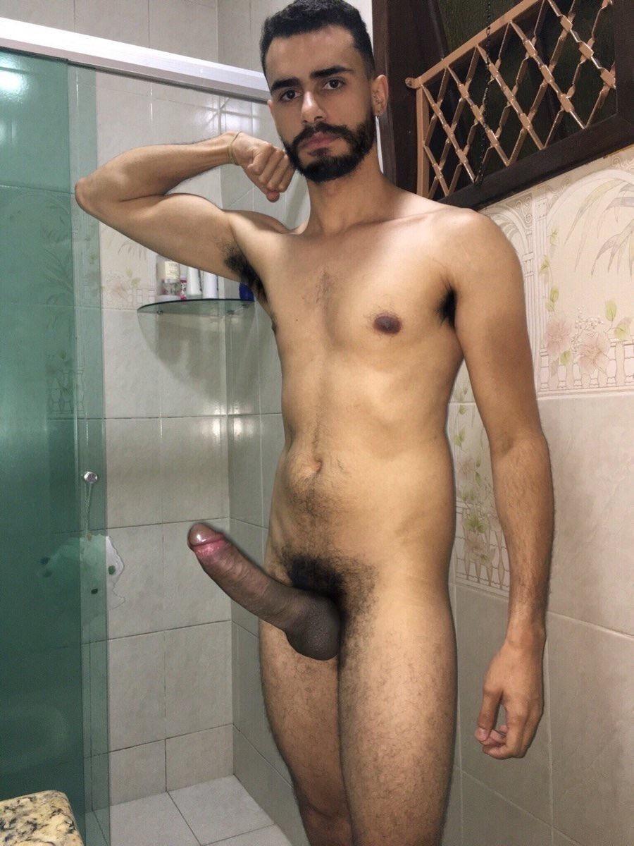 Arabes Porno Gay Árabe desnudo con el pene duro - tema gay - porno sexo fotos